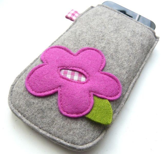 Handytasche+Blume+von+Räuberbart++-+Feine+Beute+für+kleine+Leute+auf+DaWanda.com