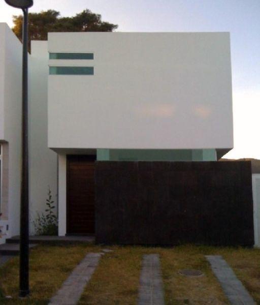 Bonita casa en Renta - Coto Real del Bosque, pasando santa anita club de golf.   Tlajomulco de Zuñiga   Vivanuncios   105164027