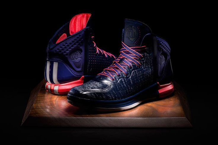 DRose4. Awesome shoes!!