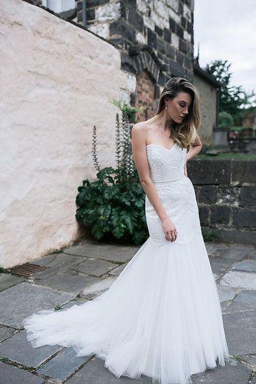 Karen Willis Holmes 'Ophelia' BESPOKE gown.   Follow - @kwhbridal