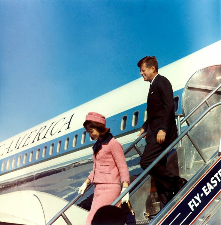 Dallas. Arriving. November 22, 1963. And that says all.