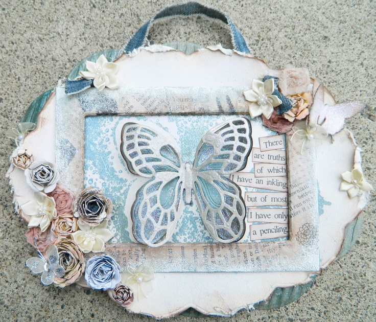 This was an old e-Class that used some of my now discontinued dies from Spellbinders with my Bitty Blossoms that are still going strong!