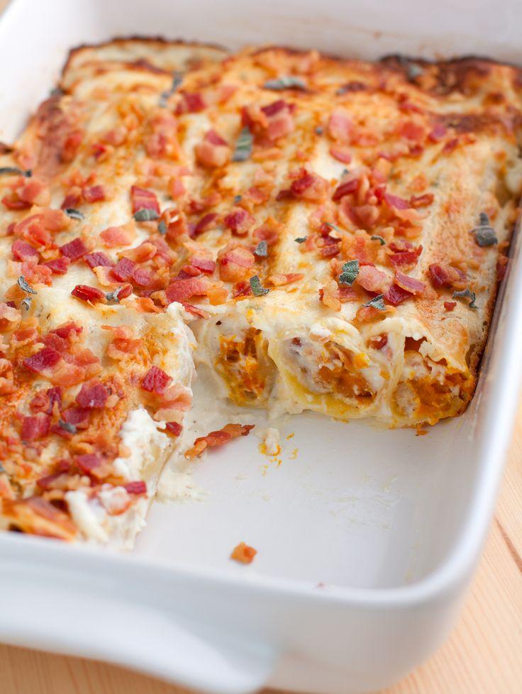 Cannelloni with pumpkin sauce with ricotta - Cannelloni alla zucca con salsa alla ricotta - Fior di frollaFior di frolla  