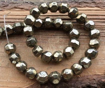 Для украшений ручной работы. Ярмарка Мастеров - ручная работа. Купить Пирит 8,5 - 10,5 мм бусины с крупной огранкой камни для украшений. Handmade.
