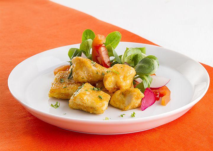 Granarolo propone la ricetta dei bocconcini di pollo alla paprika accompagnati da un'insalata mista di contorno.