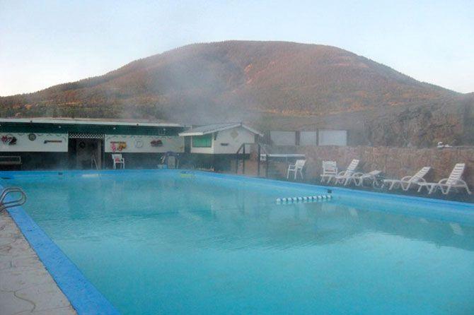 A pool at waunita hot springs ranch in gunnison colorado for Piscinas gunisol