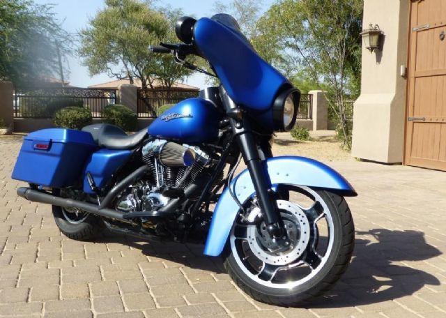 2007 Harley Davidson Street Glide Touring Blue 18 750