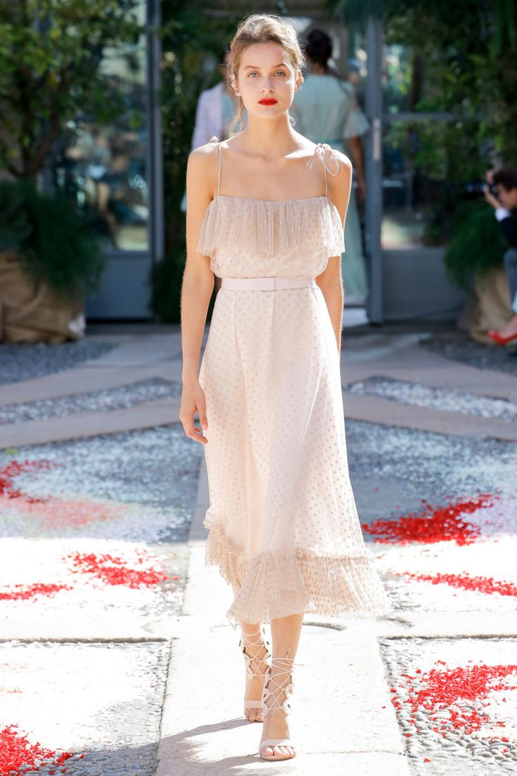 Luisa Beccaria коллекция | Коллекции весна-лето 2018 | Милан | VOGUE