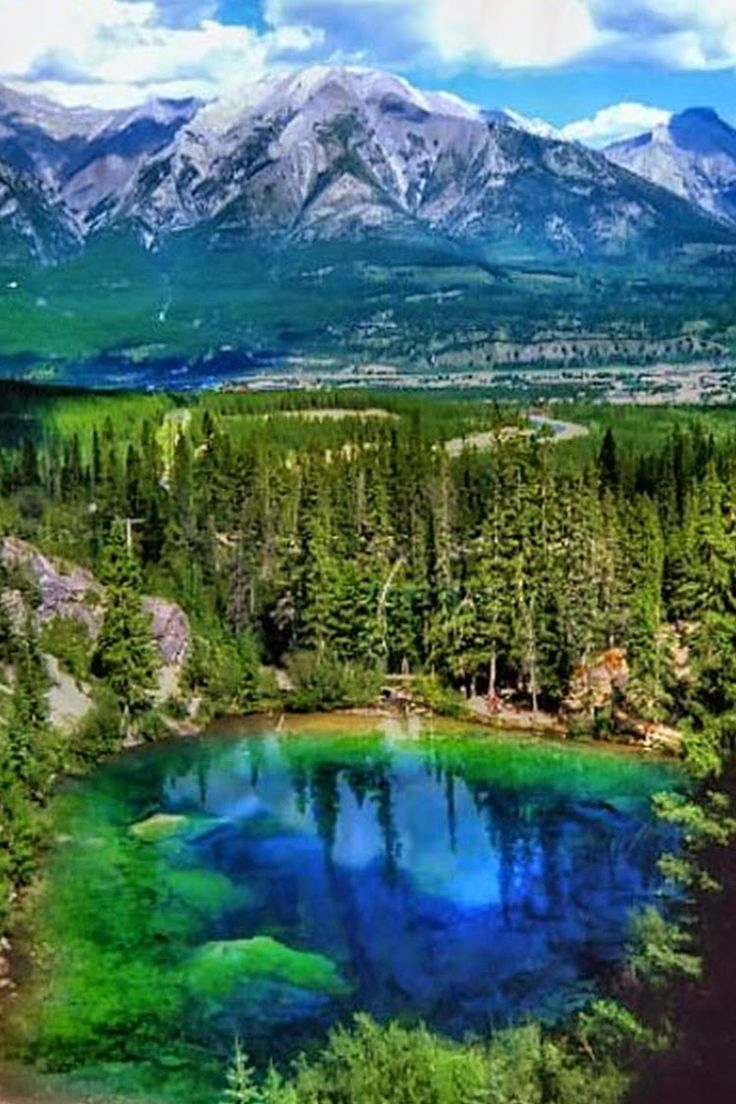 Grassi Lakes in Canmore,Canada