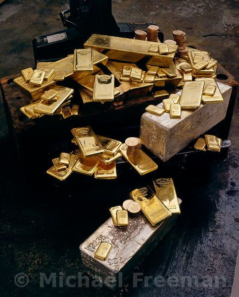 Gold silver bullion  We want to buy your gold and silver coins in Olathe Kansas. http://www.cash4goldnsilver.com/