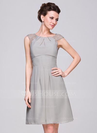 A-Line/Princess Scoop Neck Knee-Length Chiffon Bridesmaid Dress With Ruffle Lace (007059450)
