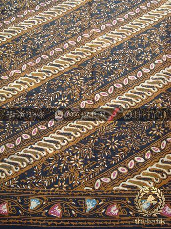 Kain Batik Solo Motif Parang Klasik Coletan | Indonesian Batik Fabric Pattern Design http://thebatik.co.id/kain-batik-bahan/