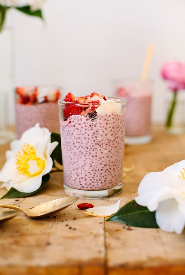 tea cup tea: STRAWBERRY CHIA PUDDING FOR YOUR VALENTINE