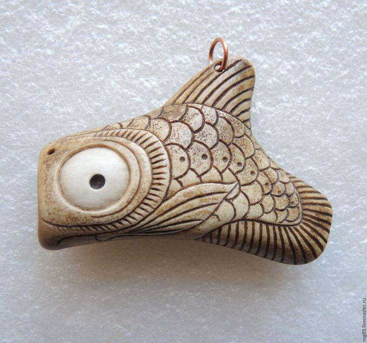 Купить Подвеска Большеротый Большеглаз - рога оленя, резьба по кости, кость резная, подвеска, рыбы
