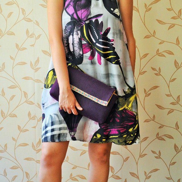 Biz onu elbiseyle de pek sevdik! #anatoliangirls #bag #felt #keçe #mor #purple #blogger #bloggergirl #designer #colourful #chic #instapic #moda #styleinspiration #winter #cool #renkli #pazarlar #zetsocial #bloggerlife #welovecolours #renkli #özeltasarım #alışveriş