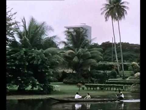 La pyramide Humaine - Scène - 1960 - Abidjan - Jean Rouch - YouTube