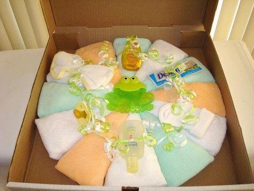 washcloth pizza fantastic baby shower gift baby shower pinterest baby shower gifts. Black Bedroom Furniture Sets. Home Design Ideas