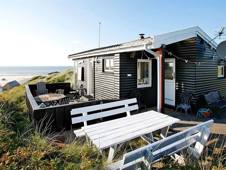 FUNDSTÜCK: Ferienhaus Dänemark Meerblick direkt am Meer in Lökken ist vom 03.06. – 10.06.2017 noch frei. Danach ist bis Oktober alles ausgebucht. Und der Preis von 596,- € ist absolut OK. Wir kennen dieses Ferienhaus. Ein kleines, huggeliges Ferienhaus direkt an der Auffahrt zum Strand in Lökken mit tollem Meerblick. Ferienhaus Dänemark: 1 Woche im …