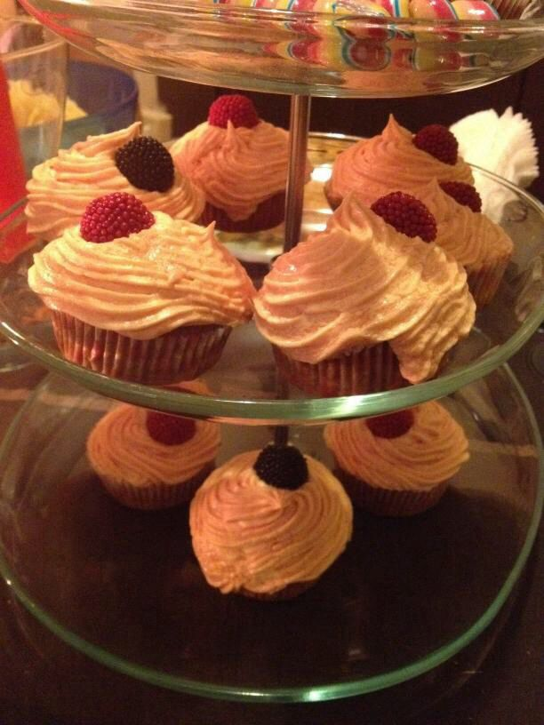 more cupcakes!