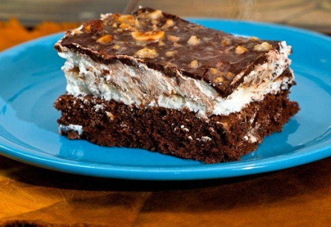 Túróguru torta recept képpel. Hozzávalók és az elkészítés részletes leírása. A túróguru torta elkészítési ideje: 70 perc