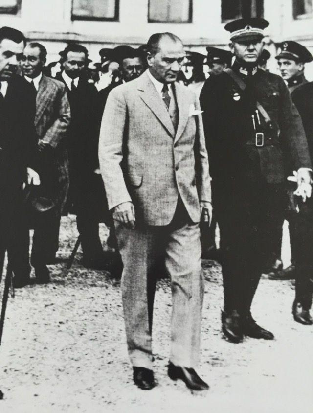 Atatürk - Dolmabahçe