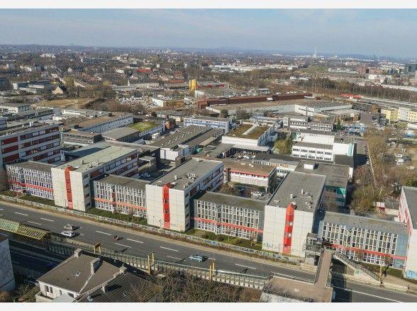 Diese Multicopter-Aufnahme zeigt das ETEC-Gelände und den Essener Westen vom Gelände des ehemaligen Jugendzentrum in Holsterhausen aus.