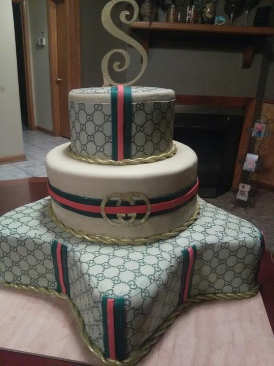 8dadaf7984f Gucci cake