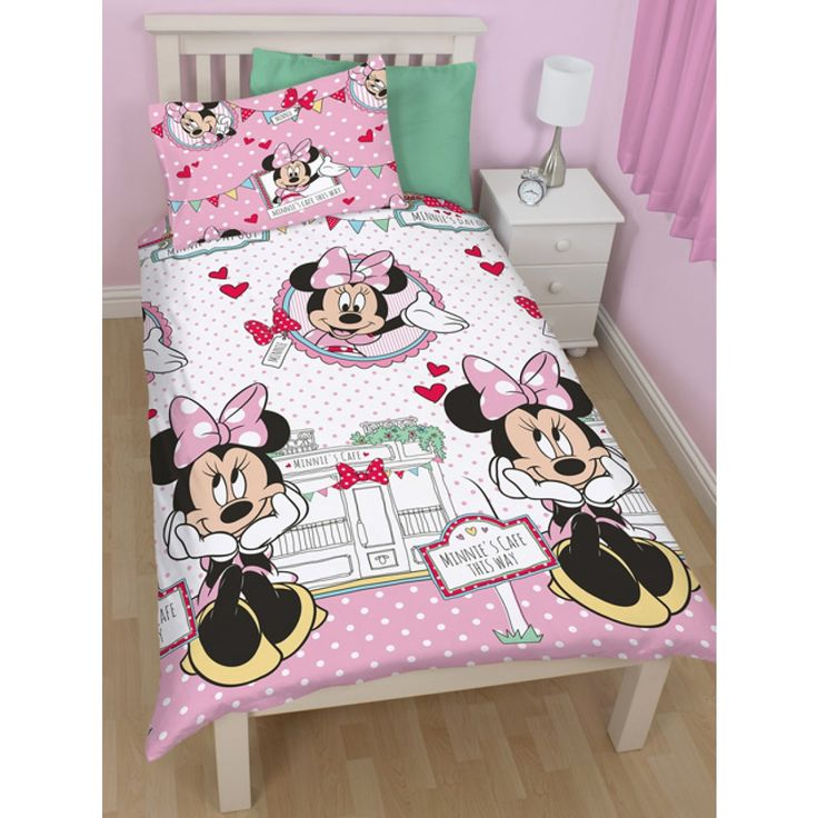 Minnie Mouse GBP50 Bedroom Ultimate Makeover Kit