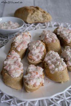 Räucherlachs-Tartar fürs Baguette - Fingerfood Rezept - schnell und einfach vorbereiten - für Party Buffet Frühstück Brotzeit