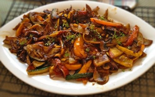 This colorful Indo – Chinese inspired vegetable stir fry is a perfect light lunch.  By Priya Mahadevan