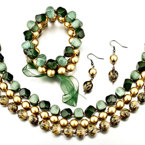 Gorgeous Green and Gold Spring Necklace, Earring and Bracelet Set  $19.99
