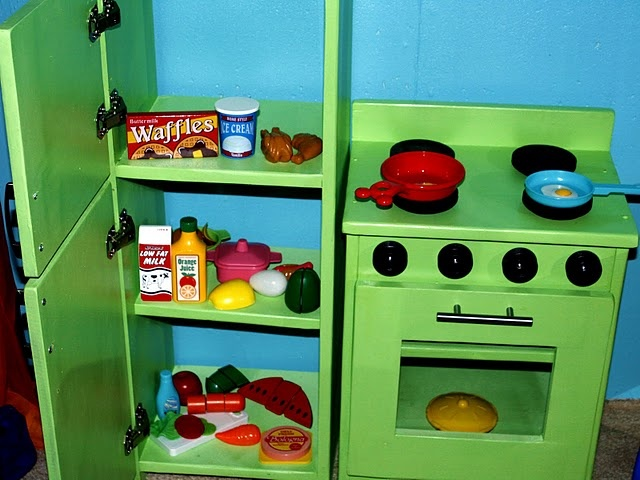 I love this homemade play kitchen
