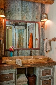 Old wood trough for the sink, along with tons of very old greyed reclaimed barn wood : Decor, Cabin, Interiors, Bathroomdesign, Barns Doors, Rusticbathroom, Bathroom Sinks, Bathroom Ideas, Rustic Bathroom Design
