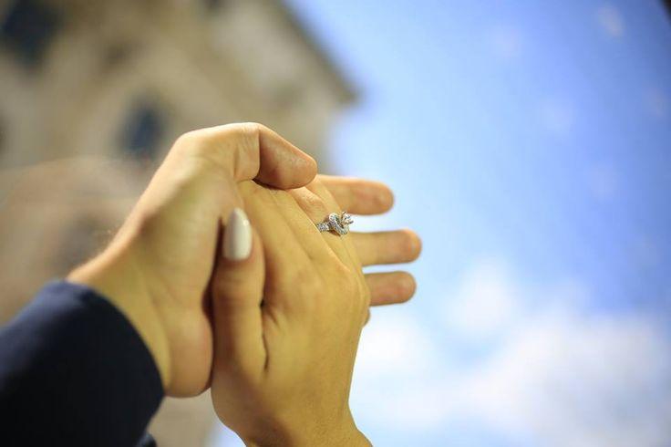 Cele mai frumoase povești de iubire sunt cele împărtășite.  Așteptăm și poveștile voastre de iubire, pentru a le răsplăti cum se cuvine: http://sabion.ro/ro/povesti-de-iubire/