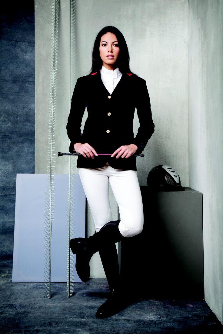 Horseware Platinum Canela jacket with Piuma breeches and Perla shirt.
