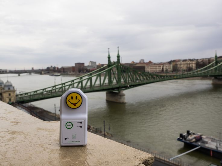 iSocket in Buda. iSocket in Pest. iSocket in #Budapest.  With iSocket your Smart Home becomes really clever. Get prompt alerts - no matter how far you are from home – with or without an internet connection. #SmartHome #Alarm #PowerFailure #SmokeAlarm