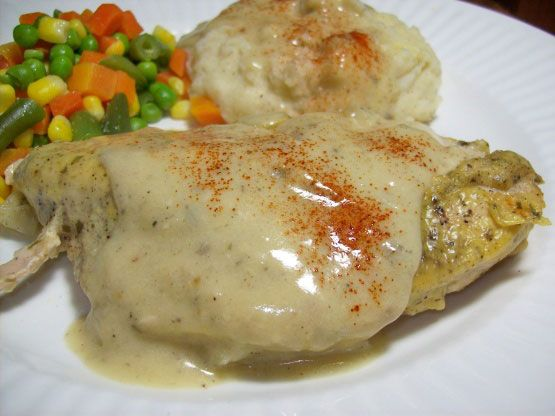 Tarragon Chicken Casserole - This is a great-tasting Tarragon Chicken Casserole recipe, and it's so easy to put together! Tarragon and chicken is one of my favorite combinations.