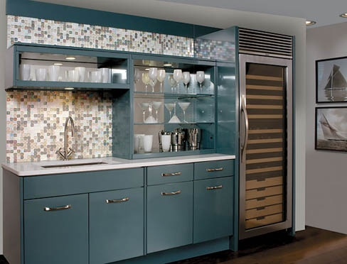 Oh beautiful modern metal St. Charles Cabinets, I love thee.  Alas, not so much as I love VINTAGE St. Charles cabinets.