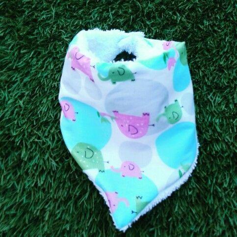 Babero-bandana, ideal para regalar