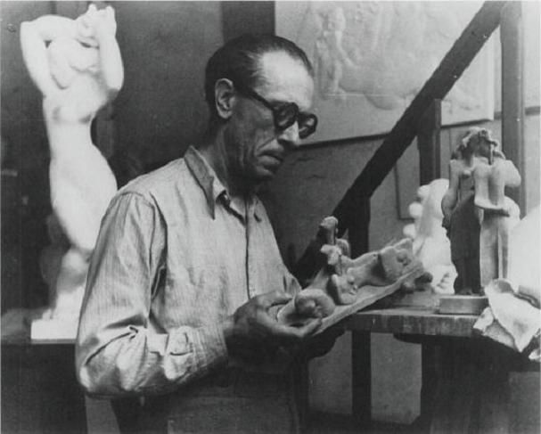 Joseph Csaky dans son atelier ca. 1930, photo Ervin Marton, Paris