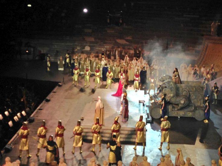 """#inarena entra in scena il re #Nabucco di Babilonia """"Di che Dio parli?"""""""