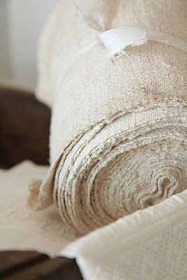 If I were fabric- I would probably be Burlap! Plain, strong, practical, durable! Lol! Not exactly Queen material!