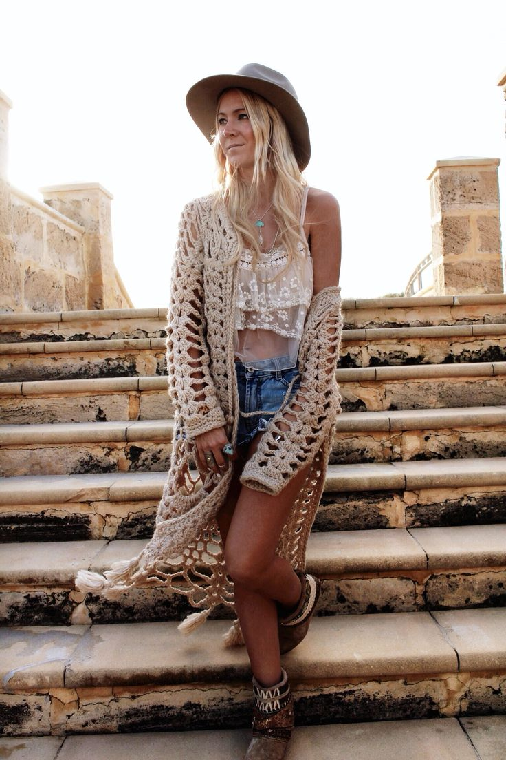 Bohemian Fashion: Super sexy and catchy bohemian fashion style.