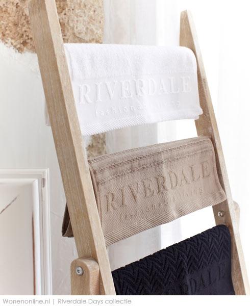 Elke badkamer verandert in een spa met de nieuwe DAYS. collection van Riverdale. Een aanwinst voor iedereendie ervan houdt zichzelf onder te dompelen in luxe! http://www.wonenonline.nl/badkamers/badkameraccessoires/badkameraccessoires-riverdale-days.html
