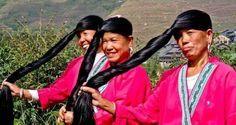 Une alimentation équilibrée et un mode de vie sain sont essentiels pour avoir des cheveux beaux et résistants. Aujourd'hui nos cheveux sont exposés à des facteurs qui peuvent les fragiliser et les endommager et c'est pour cette raison que nous devons leur apporter beaucoup de soins. Découvrez dans cet article l'histoire des femmes du village de Yao qui ont les plus longs et les plus beaux cheveux au monde.
