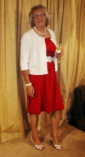 https://paula-paulasplace.blogspot.no/2013/12/my-favorite-outfits-of-year.html