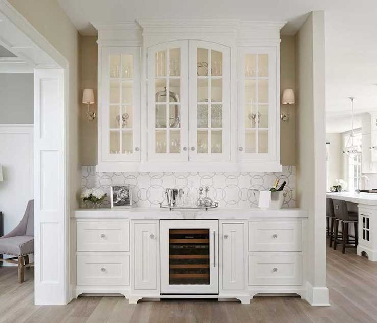 beverage station... love the location and everything about it, minus the back splash