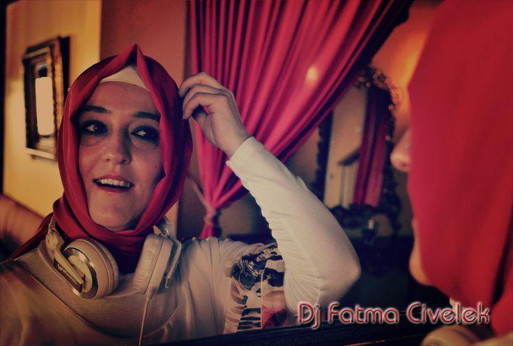 Kına gecesi organizasyonlarınız için Dj Fatma Civelek profesyonel Dj'lik hizmeti vermektedir. www.djfatmacivelek.com
