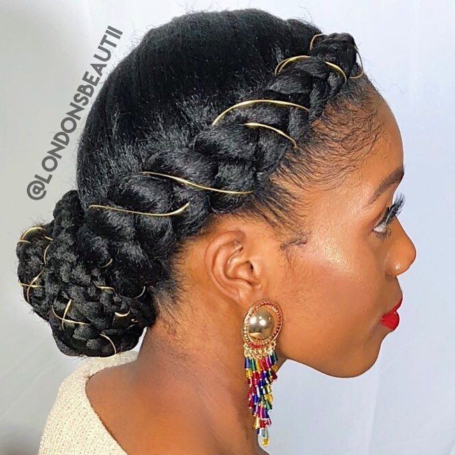 London Crown Bun Crown Braids Done By London S Beautii In Bowie