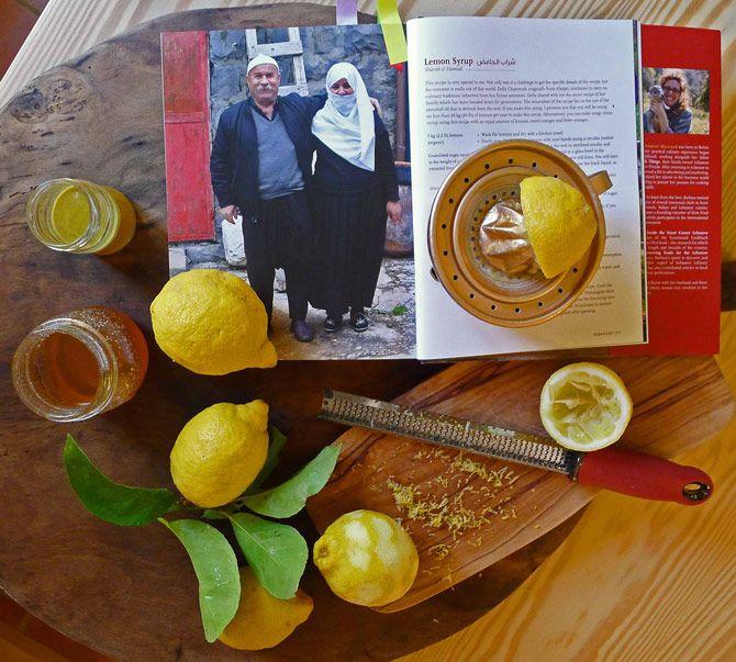 Ungekochter Zitronensirup aus Mouneh